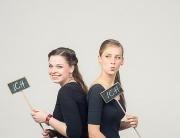 Sophie und Anna von Ganz In wiese Hochzeitsfotografie Berlin