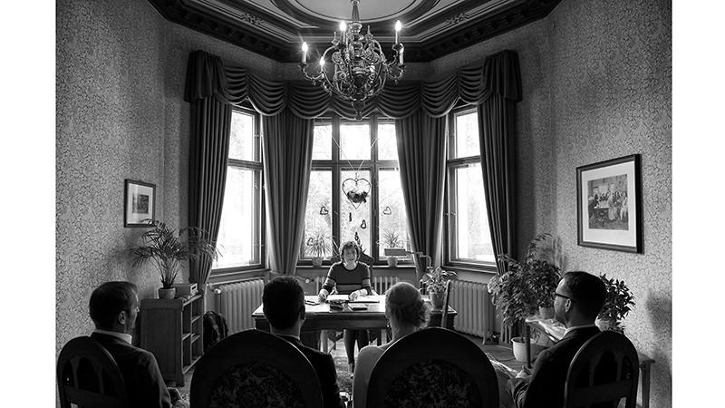 Hochzeitsbilder_Berlin_VillaKogge_Hochzeitsfotografie_Ganzinweise_01