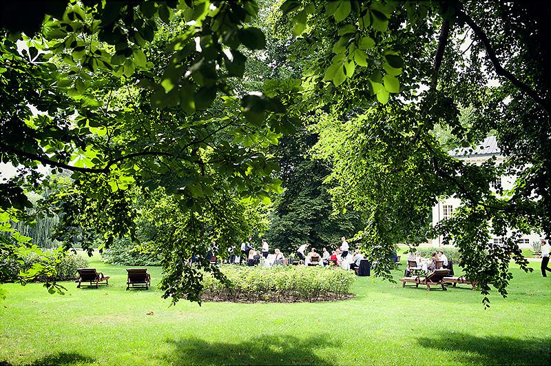 059_Hochzeitsfotografie_Berlin_Schloss_Neuhardenberg_Sophie_Weise_Hochzeitsfotos