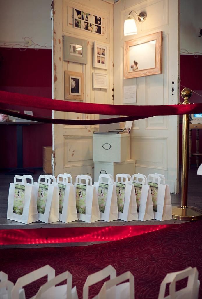 Hochzeitsmesse_Berlin_Location_Hochzeitsfotografie_Ganzinweise