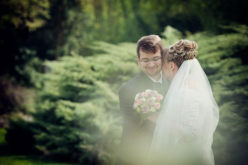 Hochzeit_Berlin_Britz_Schloss_Kirche_Foto_Ganzinweise