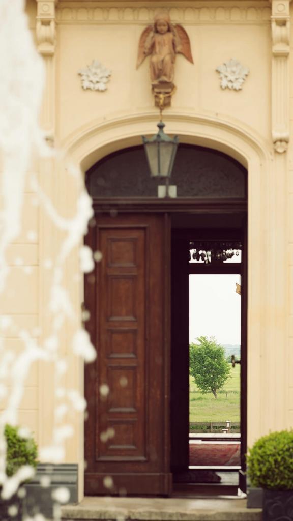 02_Schloss_Diedersdorf_Hochzeitsfotograf_Berlin_Heiraten