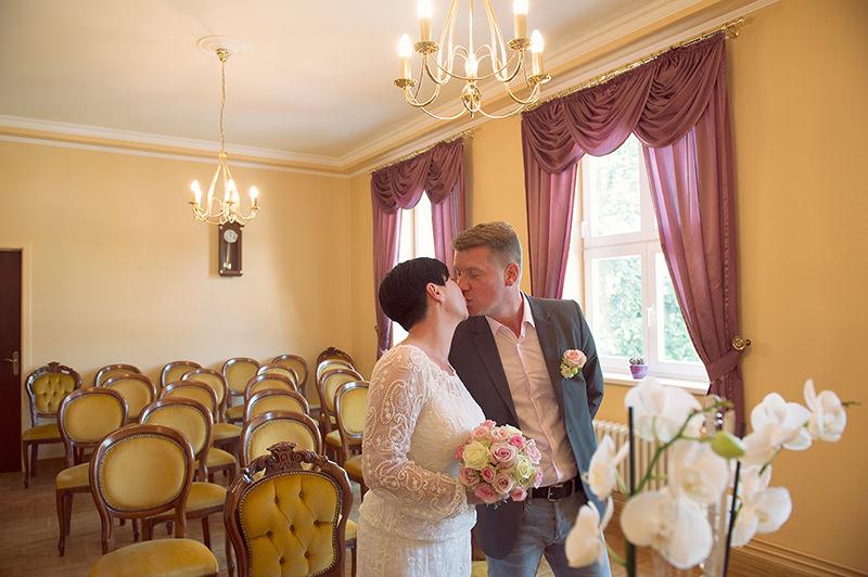 03_Hochzeitsfotograf_HohenNeuendorf_Hund_Heiraten