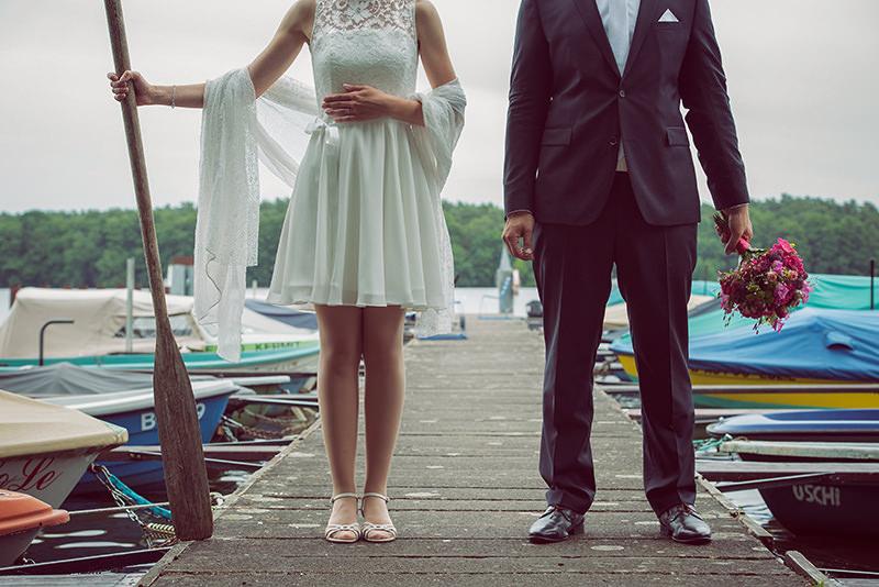 Skandinavisches haus am see  Ganz in Weise Hochzeitsfotografie Intime Hochzeit im »Haus am See ...