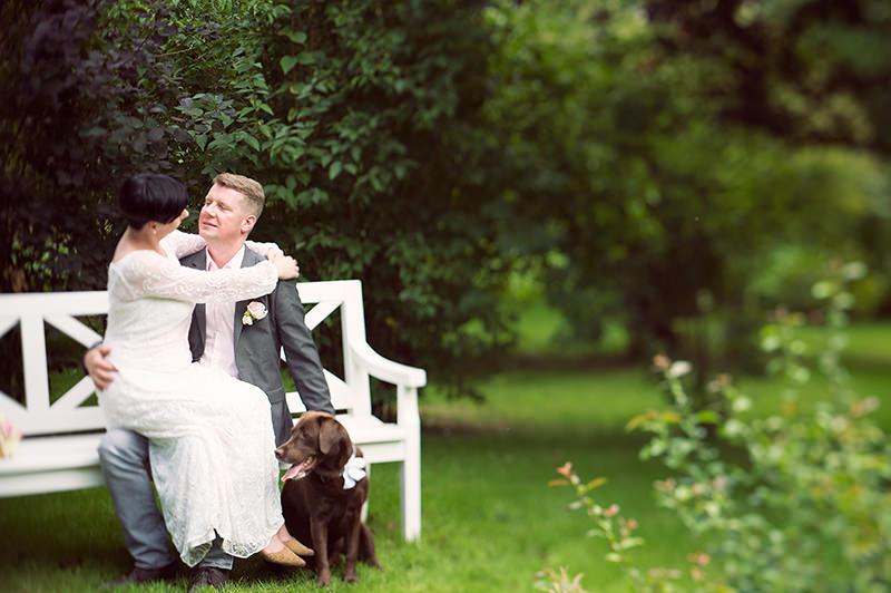 14_Hochzeitsfotograf_Kremmen_Ziethen_Hund_Heiraten