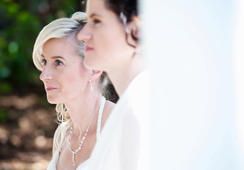 12_gleichgeschlechtliche_Hochzeitsfotograf_Lakeside_Ganzinweise_lesbische