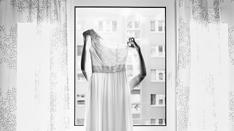 09urbane_Hochzeit_Jena_gettingready_Ganzinweise