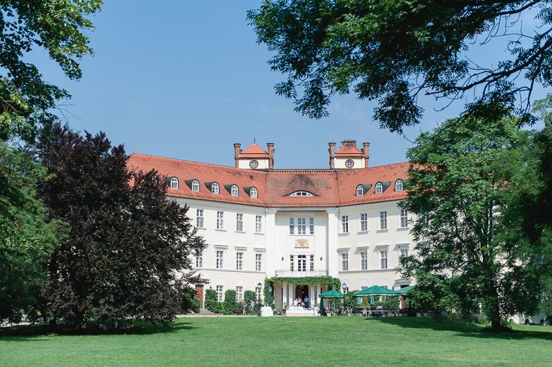 Sommerhochzeit Spreewald Schloss Lübbenau Familie Hochzeit Heiraten Berlin